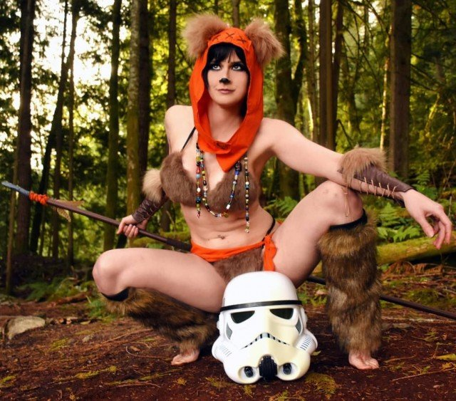 Yub to the nub! Happy belated Star Wars Day everyone!🧡🐻🧡Photo...