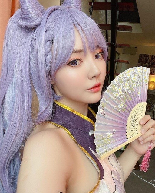 More Keqing Selfies 🌸 Qipao Fanart ver. _ Not the right eye color though ~~~ I don't have the proper lens for it next photoshoot will be more accurate 🙌🏻💕 _ #blessed #genshinimpact #genshinimpactcosplay #keqing #keqinggenshinimpact