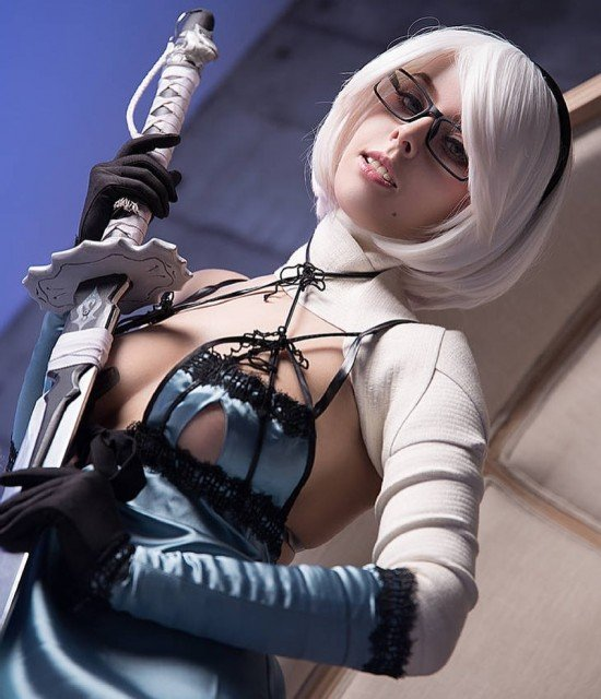 2b in Kaine outfit~ what do you think about this crossover?❤️ #kaine #nier #niercosplay #nierReplicant #2b #NieRAutomata
