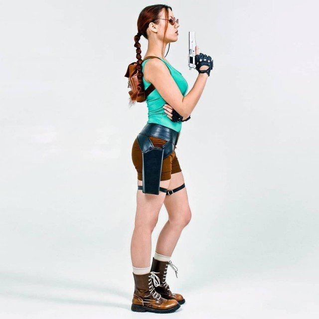 ❔How much time you spend in internet? 😉 And what's your most favorite social networking service? . #tombraider #laracroft #laracroftcosplay #cosplaygirl #tombraidercosplay #laracroftclassic #videogame #coredesign #tombraidergame #tombraiderlaracroft