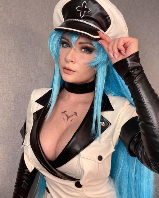 Full Esdeath pack with 15 pics ready for you! If...