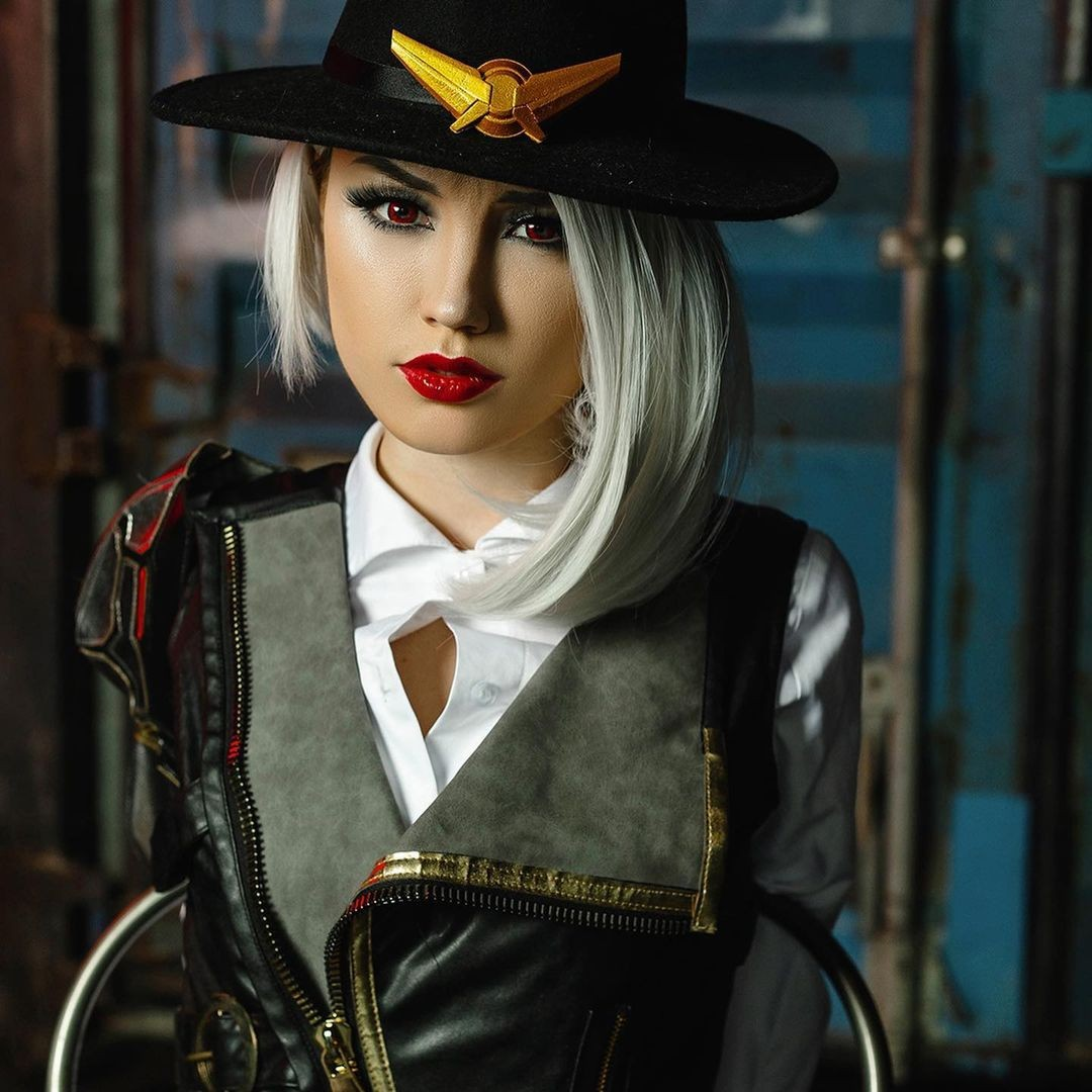 15 Best cosplays this week Ahri Yennefer Cat Woman