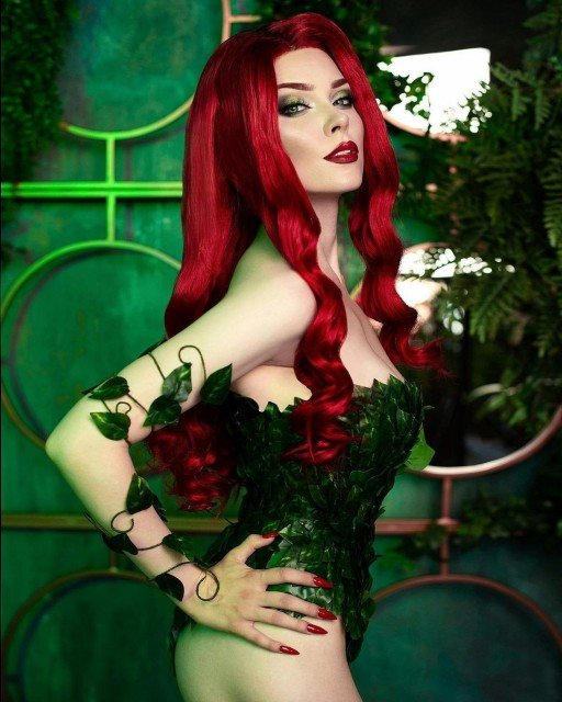 🌿I'M YOUR POISON…POISON IVY🌿 1 or 2?My character of July...