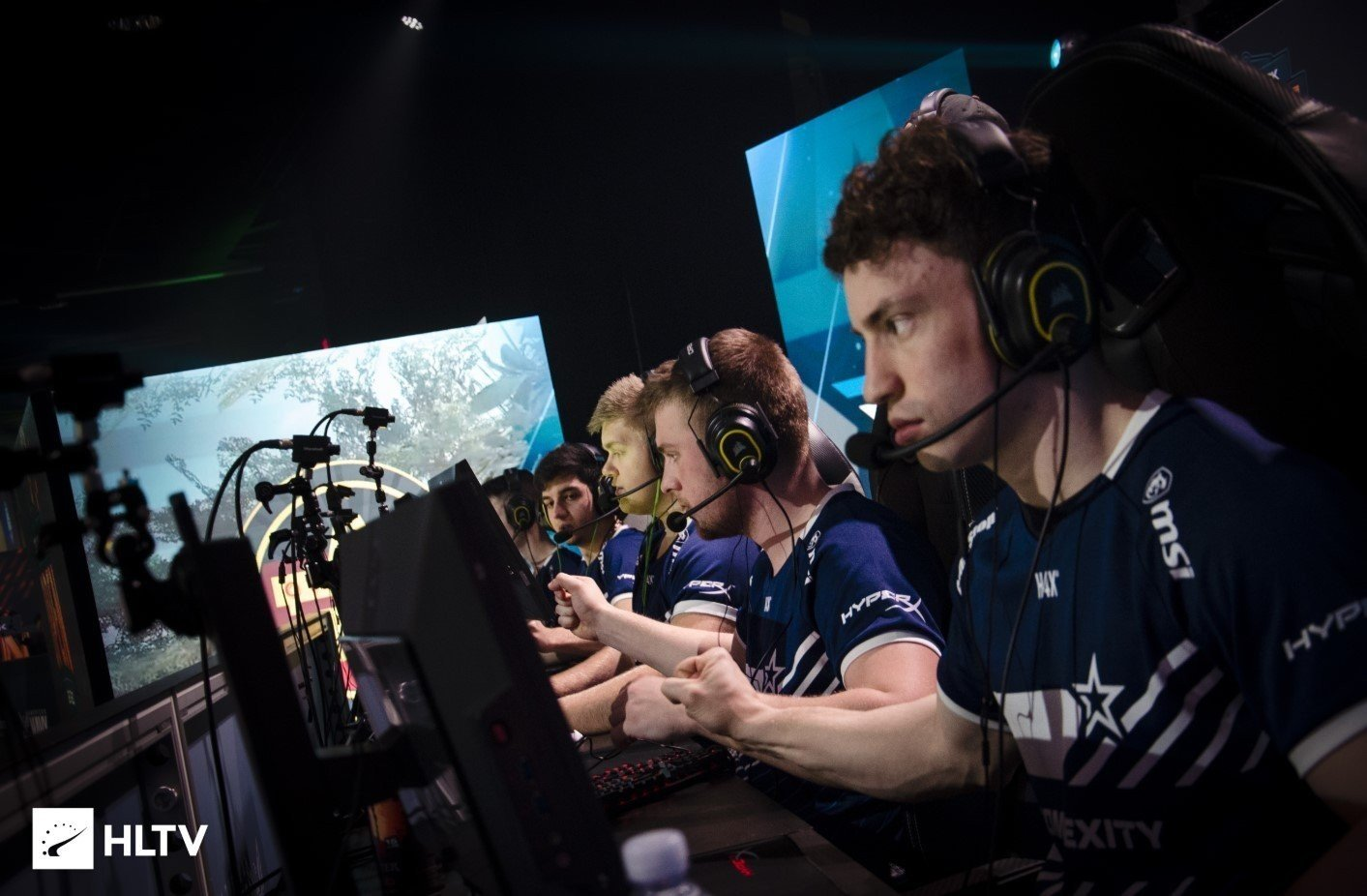 CompLexity Gaming выиграли BLAST Premier Spring 2020